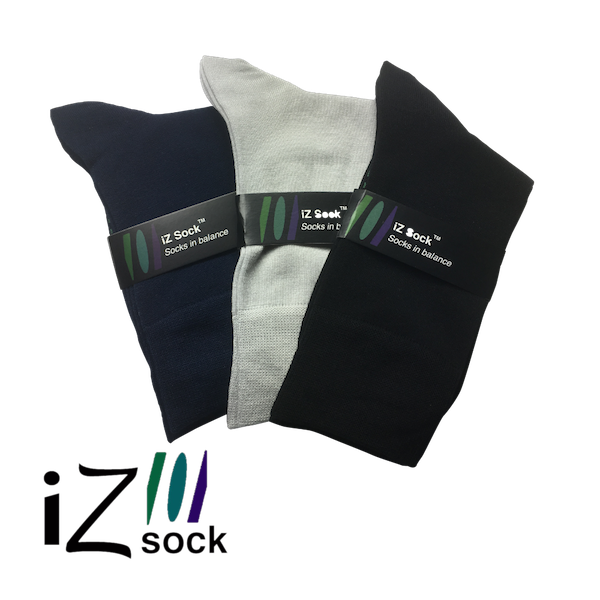 Image of   3 pak iZ Sock bambus - 3 flotte farver, navyblå, sort og lysegrå, 1 af hver